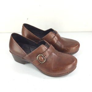 Dansko Tamara 9.5 10 40 Brown Leather Clog Booties